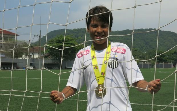 Raio do Nordeste  pernambucano de 11 anos é a nova promessa santista ... db8d8ec77425c