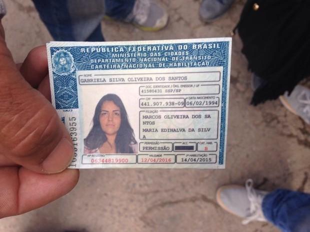 Gabriela estava no terceiro ano de engenharia e morava na Barra do Una (Foto: João Paulo de Castro / G1)