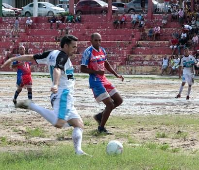 Amazonense de futebol máster 2013, primeira rodada (Foto: Frank Cunha)