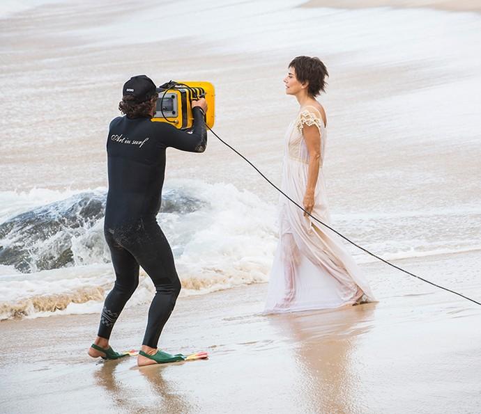 As sequências foram gravadas na praia da Grumari, na zona oeste do Rio de Janeiro (Foto: Felipe Monteiro/Gshow)