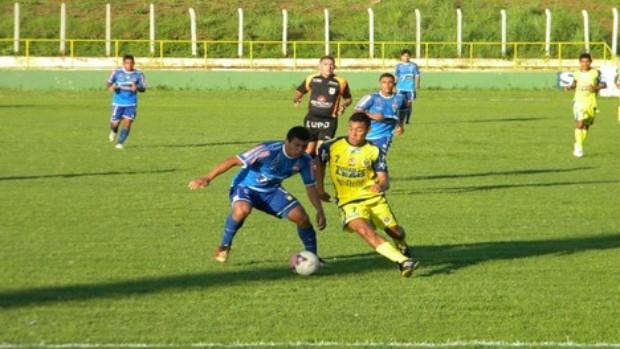Crato x Horizonte pelo Campeonato Cearense de 2012 (Foto: Robson Roque/Agência Miséria de Comunicação)