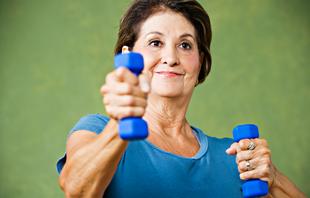 idosa idoso malhando musculação euatleta (Foto: Getty Images)