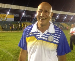 Carlos Magno, técnico do Interporto (Foto: Vilma Nascimento/GloboEsporte.com)