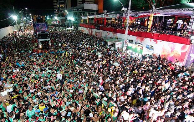 Carnatal se tornou a maior festa da cidade (Foto: Canindé Soares)
