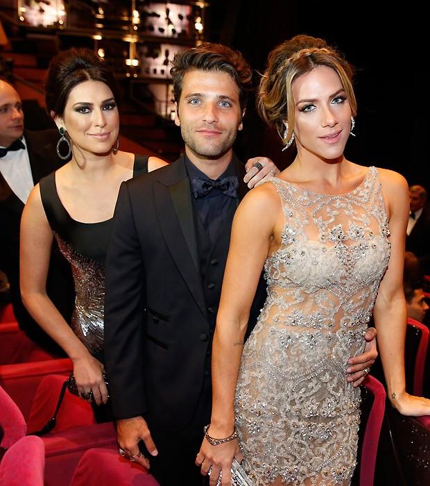 Fernanda Paes Leme, Giovanna Ewbank e Bruno Gagliasso em Cannes (Foto: Felipe Panfili/AgNews)