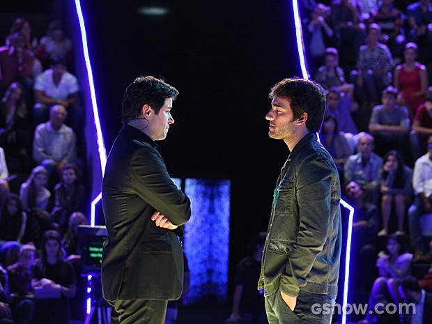Davi desafia Jonas mais uma vez antes de saber o resultado (Foto: Camila Camacho / TV Globo)