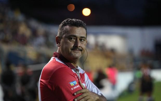 Leandro Lago, treinador do Americano-MA (Foto: Biaman Prado/O Estado)