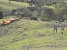 Corpo de piloto morto em queda de avião em MG será levado para o RJ