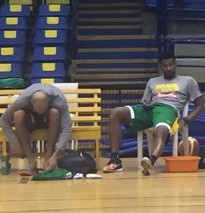 Leandrinho treino seleção brasileira basquete (Foto: Gabriel Fricke)