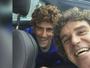 FOTOS: tenistas posam com peruca de Guga em Roland Garros