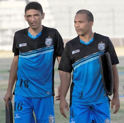 Edimar (volante) e Marcelo Maciel (atacante) do Treze (Foto: Nelsina Vitorino / Jornal da Paraíba)