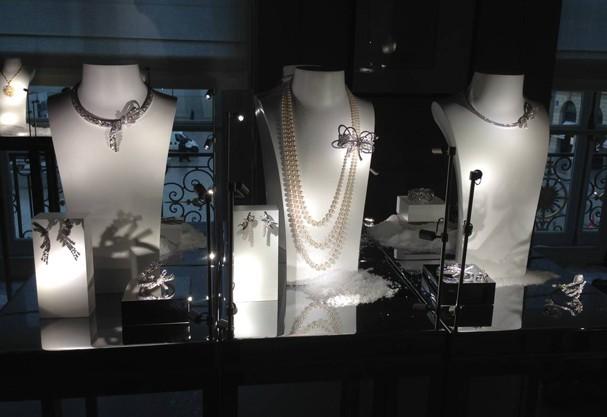 """Chanel lança coleção de alta joalheria """"Les Intemporels"""", em Paris!"""