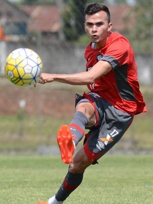 Lucas Fernandes Atlético-PR (Foto: Site oficial do Atlético-PR/Marco Oliveira)