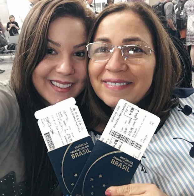a ex-BBB, Maria Claudia com a mãe (Foto: Divulgação / Cadu Navarro)