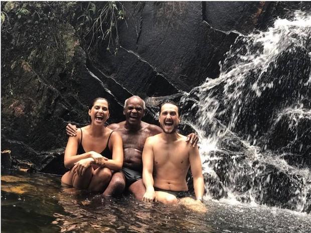 Camila Pitanga, Antônio Pitanga e Igor Angelkorte (Foto: Reprodução/Instagram)