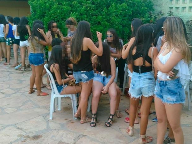 Menores foram levados à delegacia no interior da Bahia (Foto: Divulgação/Polícia Militar)