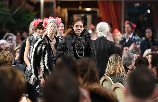 O desfile da Chanel (Foto: Getty Images)