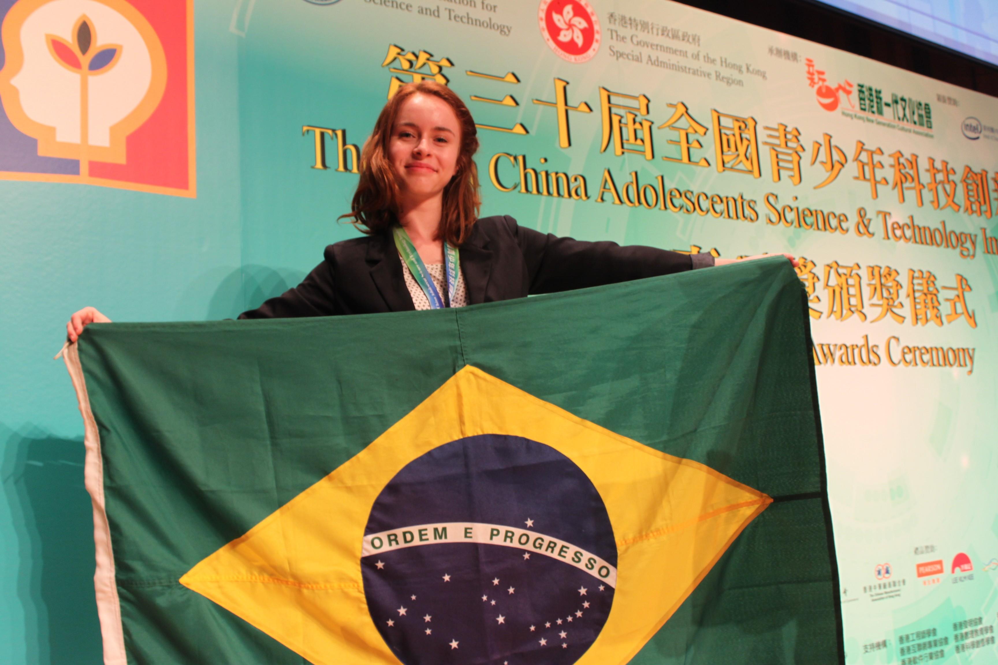Natália representou o Brasil em evento na China (Foto: Acervo Pessoal)