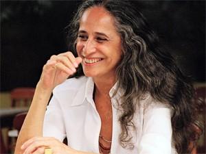Em homenagem ao Dia da Mulher, Maria Bethânia faz show gratuito no DF (Foto: Elisa Ramos/Divulgação)