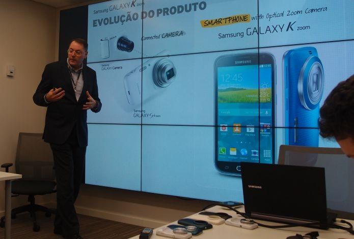 Roberto Soboll, diretor de produtos mobile, na apresentação do Galaxy K Zoom, em São Paulo (Foto: Foto: Pedro Zambarba/TechTudo)