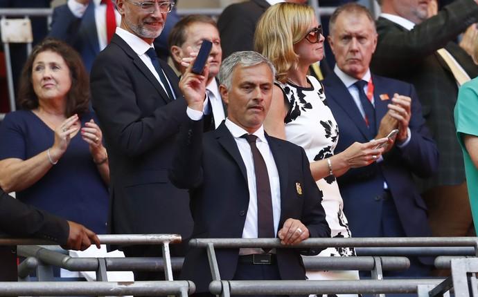 José Mourinho técnico Manchester United (Foto: Reuters)