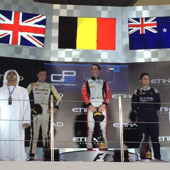 Pódio da GP2 em Abu Dhabi teve Stoffel Vandoorne no degrau mais alto, Palmer em segundo e Mitch Evans em terceiro (Foto: Divulgação)