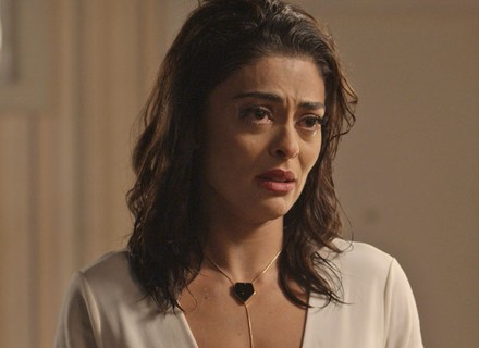 Carolina é intimada a depor após processo de Eliza