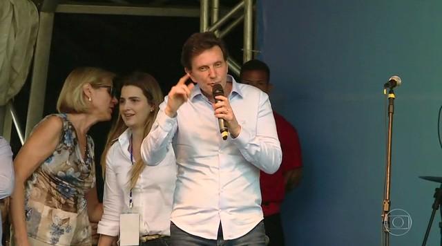 Crivella é vaiado em evento no Boulevard Olímpico