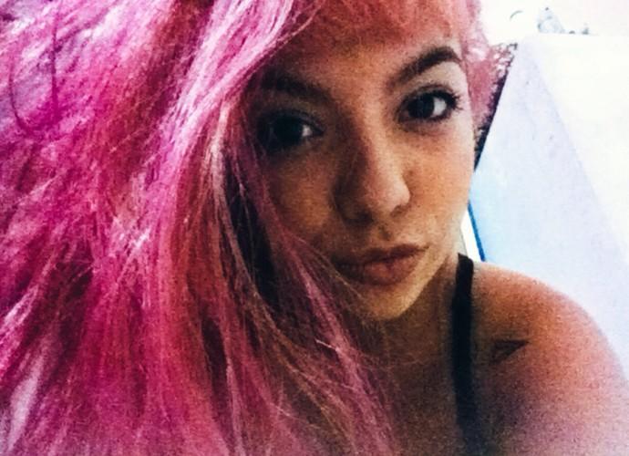 Karina Ferrari é apaixonada por selfies e tira várias fotos por dia (Foto: Arquivo Pessoal)