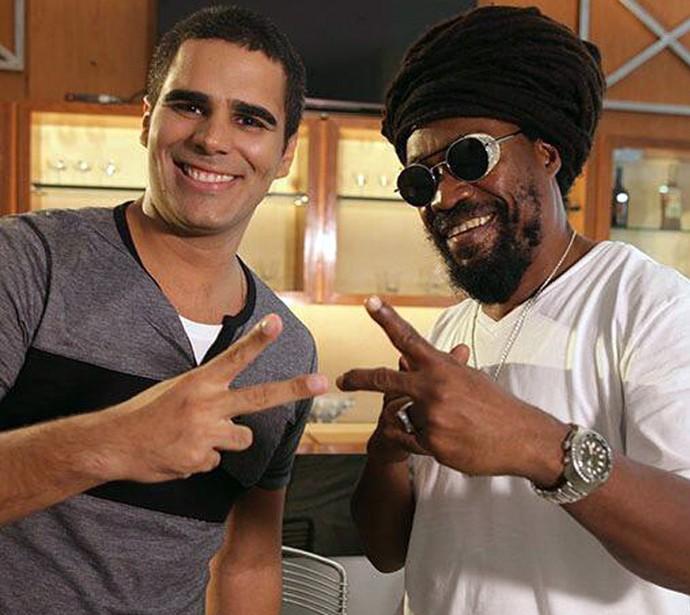 Michael Rose canta e fala sobre reggae no Brasil (Foto: Gshow/Rede Clube)