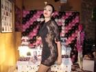 Ariadna comemora 30 anos e abre mão da lingerie em look sensual