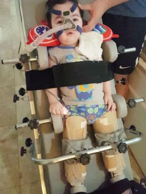 Arthur foi diagnosticado com AME I nos primeiros meses de vida (Foto: Rafaela Lader/Arquivo pessoal)