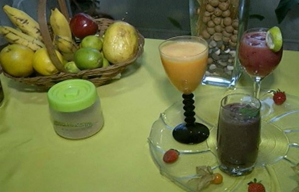 Deliciosos sucos com ingredientes comuns em todo país (Foto: Reprodução Inter TV Grande Minas)
