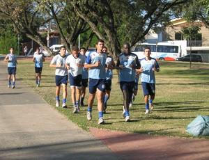 São Bento treina na praça (Foto: Rafaela Gonçalves / GLOBOESPORTE.COM)