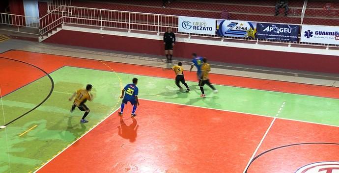 Pequeri x Simão Pereira Copa Integração de Futsal (Foto: Reprodução/TV Integração)