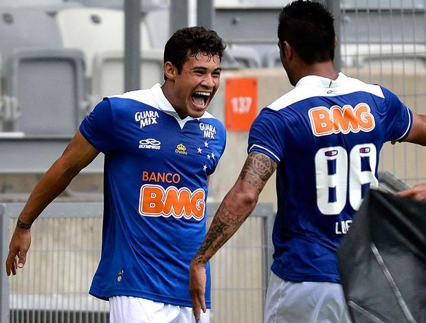 Vinícius Araújo luan cruzeiro gol tombense (Foto: Pedro Vilela / Futura Press)