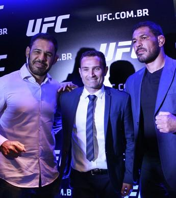 Rogério Minotouro, Giovani Decker e Rodrigo Minotauro coletiva UFC (Foto: Adriano Albuquerque)
