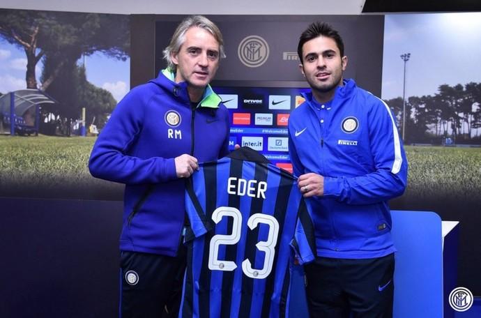 Eder e Mancini camisa 23 Internazionale (Foto: Site oficial Internazionale)