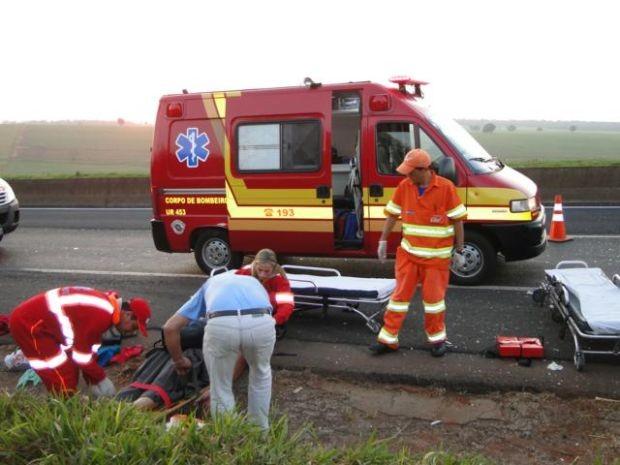 Homem morre ao bater moto em carreta na BR-163 entre Várzea Grande e Jangada