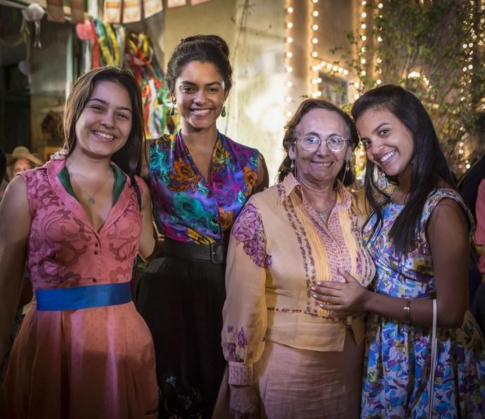Luzia se produz para evento comemorativo ao trabalho de Santo (Foto: Felipe Monteiro/ Gshow)