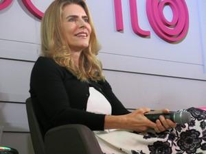 Maitê Proença esteve em Bienal no Rio (Foto: Isabela Marinho/G1)