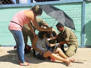 mulher baleada em Sorriso (MT) (Foto: Ederson Zimmer/MT Notícias)