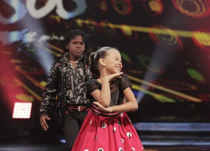 Nathalinha é puro charme na apresentação! (Foto: Inácio Moraes/Gshow)
