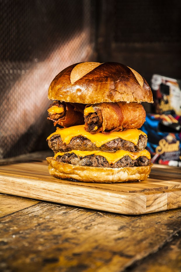 Aprenda a preparar um hambúrguer destruidor (Foto: Divulgação)