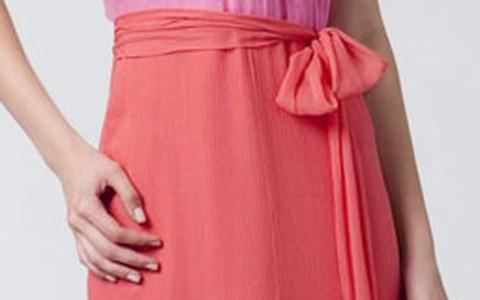 Saiba como escolher a roupa de madrinha de casamento