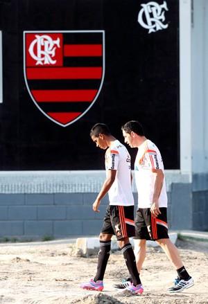 Gabriel e Chicão Treino Flamengo (Foto: Cezar Loureiro / Agência O Globo)