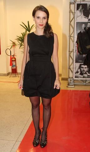 Débora Falabella em premiação no Rio (Foto: Thyago Andrade/Foto Rio News)