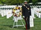 Príncipe Harry presta homenagem a mortos dos EUA em guerras