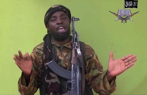 O líder do grupo terrorista Boko Haram, Abubakar Shekau, que atua na Nigéria (Foto: Reprodução/AP)
