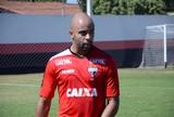 Ceara anuncia contratação de Romário para lateral esquerda do time em 2017